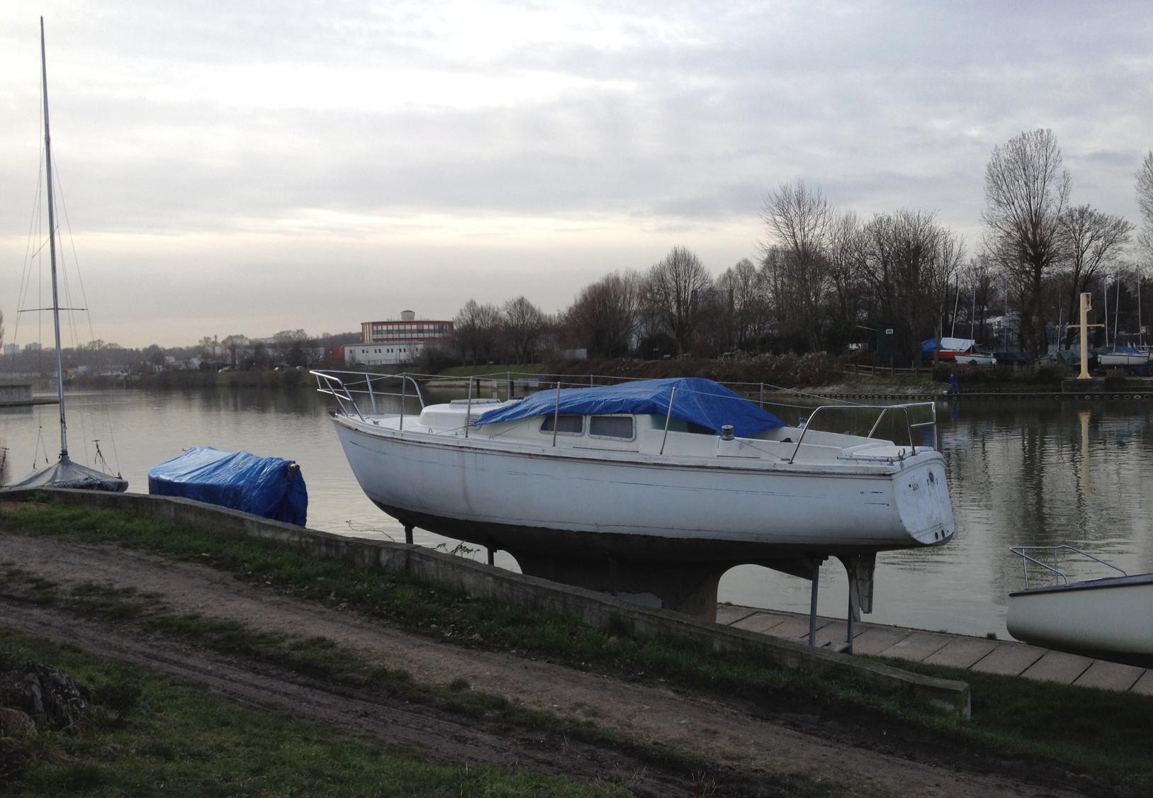 Base de voile de la vga tr s chers bateaux jf le helloco - Amenagement cheminee condamnee ...